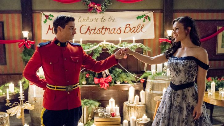 Countdown to Christmas 2016 - The Latest News | Hallmark Channel