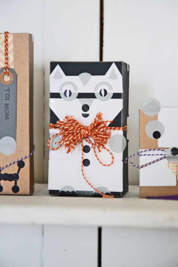 Adorable DIY gift wrapping | Justina Blakeney
