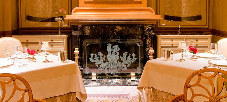 Been here:  Victoria and Alberts-only $500 dinner for two I'll ever spend but ohhhh sooo worth it!