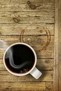 La magie de la terre de Sommières : Enlever une tache de café - Linternaute