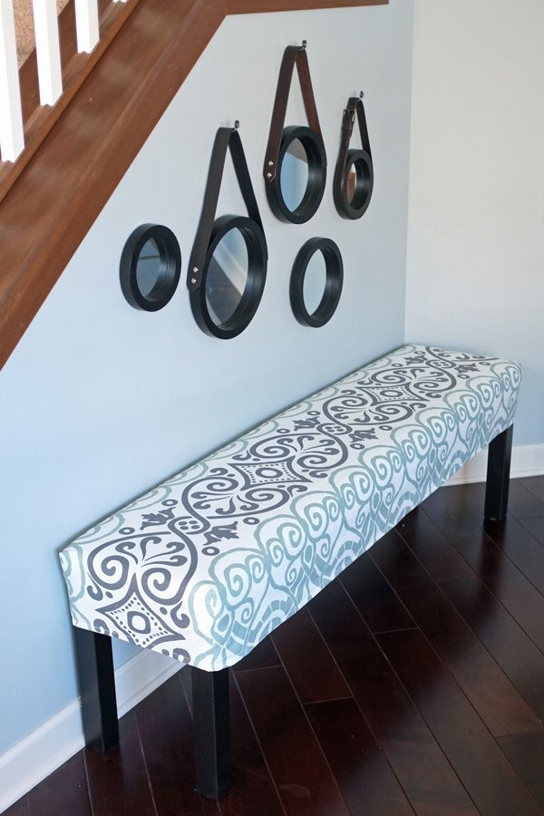 DIY Bench Slipcover - great for extra seating around the holidays! #DIY #ikeahack