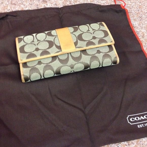 Coach wallet Canvas and leather gently used Coach wallet Coach Bags Wallets
