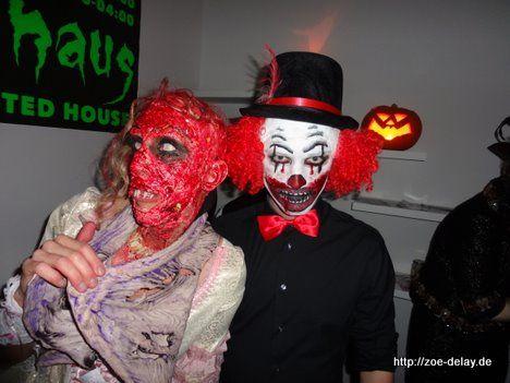 böser clown red head