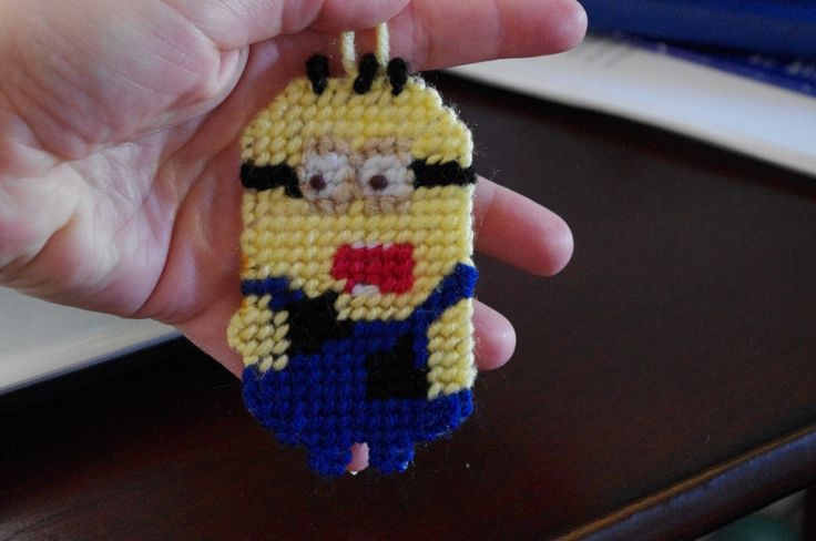 Plastic canvas Despicable Me ~ Minion The kids really loved this one!