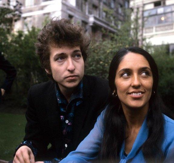 Bob Dylan and Joan Baez in 1965