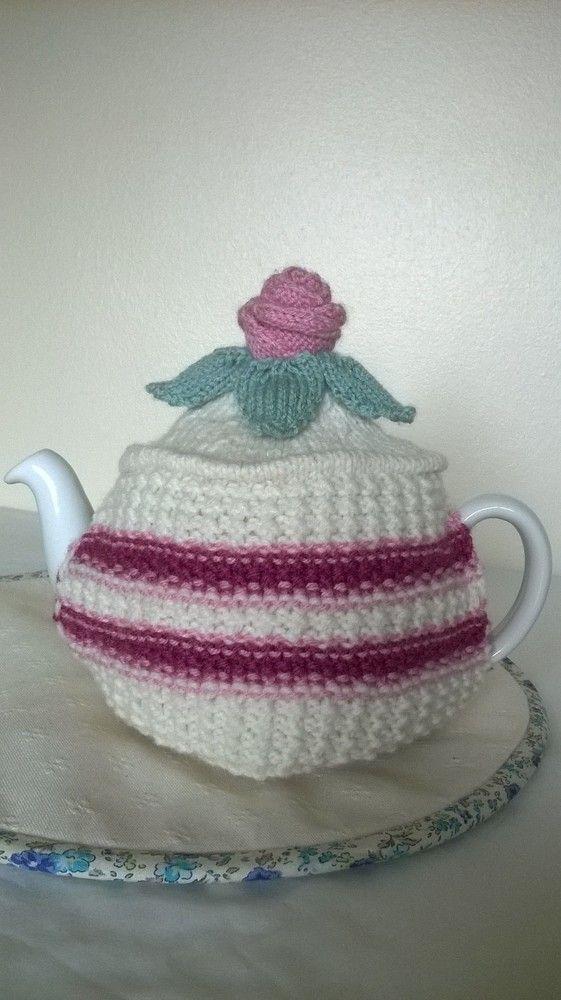 Hand knitted victoria sponge tea cosie £18.00
