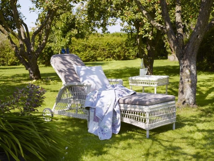 Meble ogrodowe. Łóżko ogrodowe DAISY. Design: Sika-Design Team.