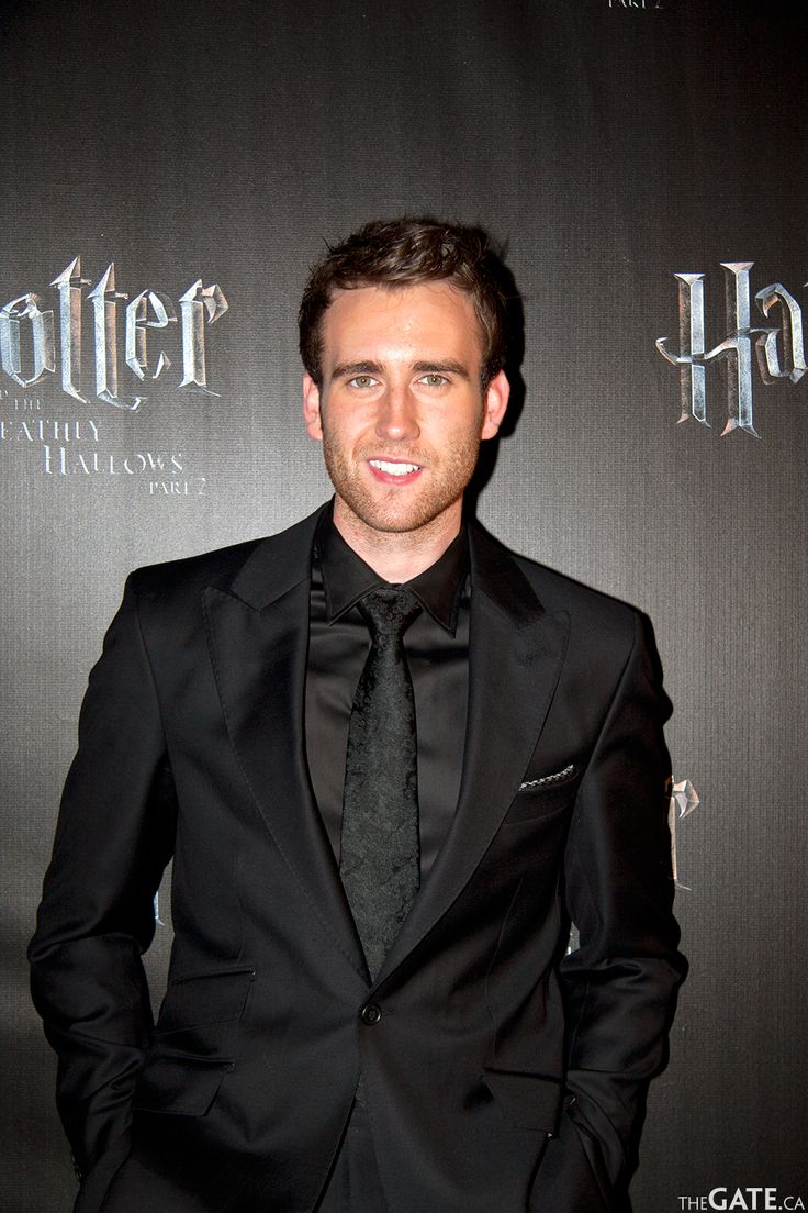 Matthew Lewis...a.k.a. Neville Longbottom. I'm still in shock! He's so handsome! Someone definitely grew out of their awkward phase. Quick lets get him a new roll in a movie!