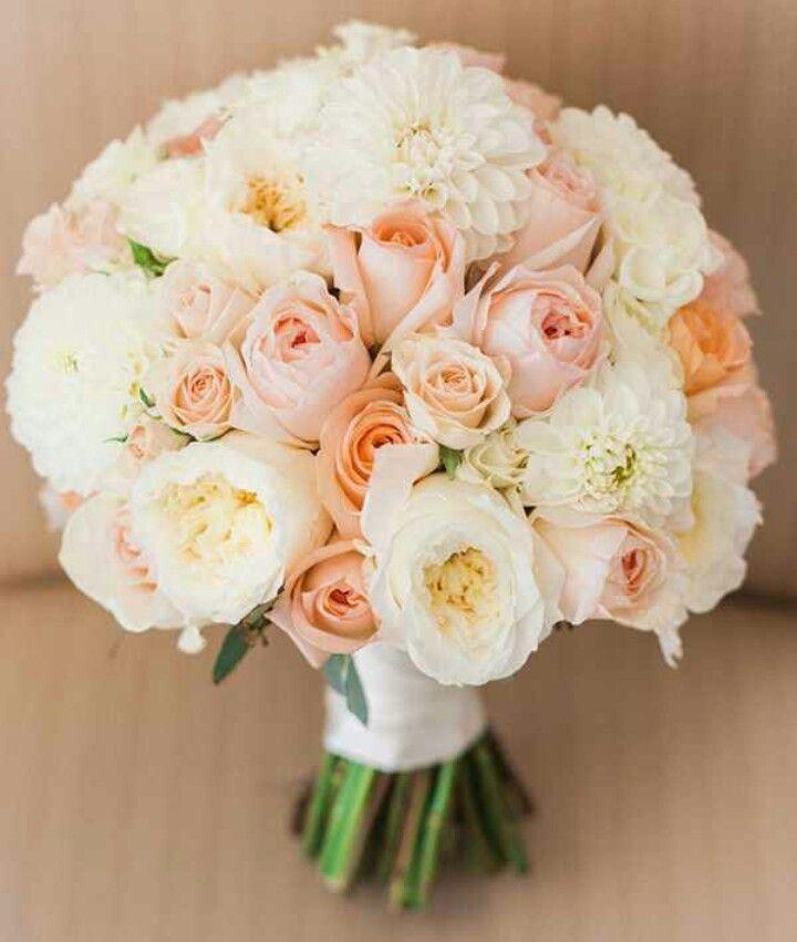 Pretty Prettyyy Peach/Ivory/White & Pink Bouquet !!