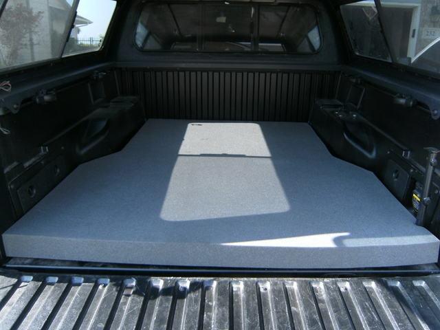 Photo Truck Bed Carpet Kits Images 74 Socal