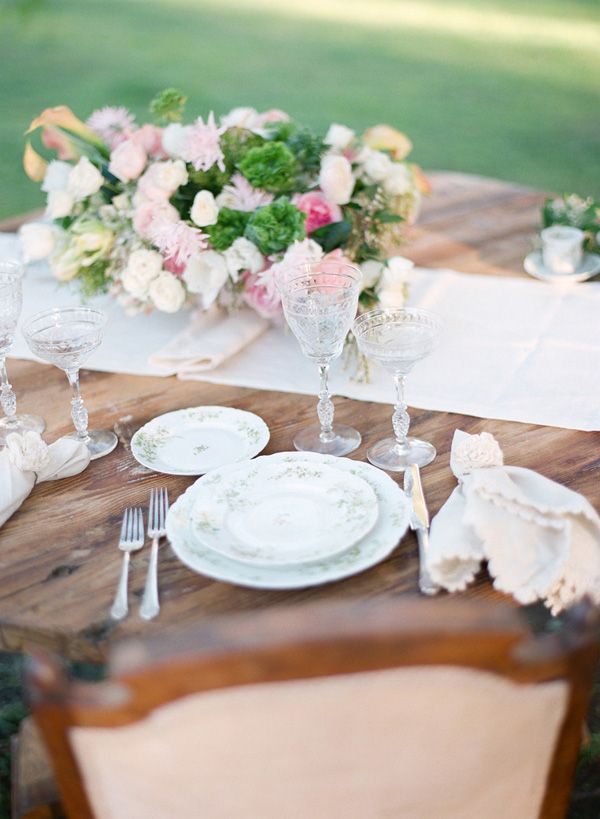 elegant vintage table decor ideas