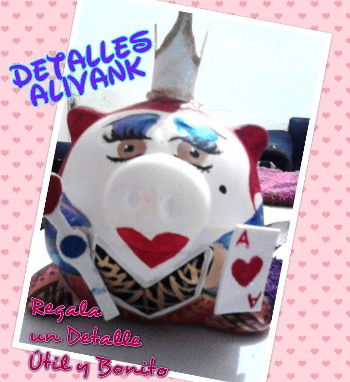 Alcancías personalizadas Reyna de Corazones!!!!  En venta $$$$$$$