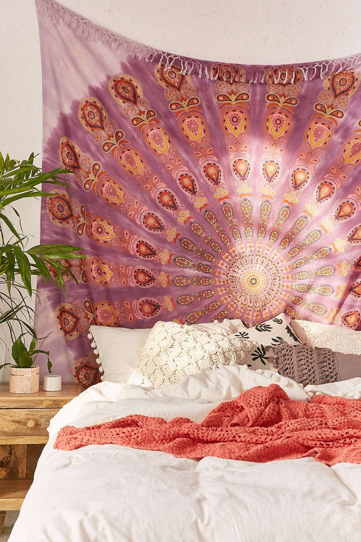 Daya Medallion Tapestry Urban Outfitters Bedroom