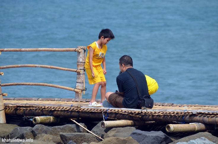 ekowisata bersama keluarga di Pangandaran, wisata bahari dan wisata alam