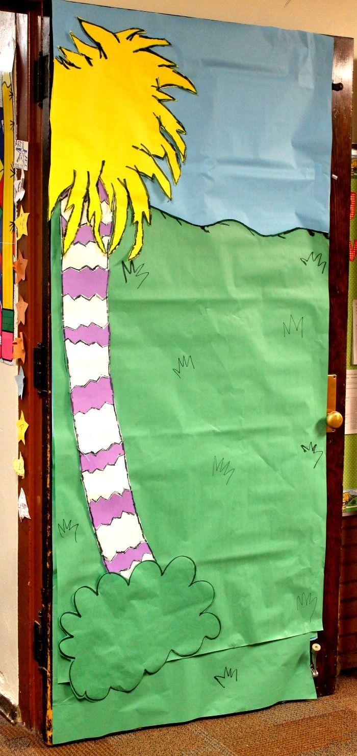 95 best dr seuss door decorations images on pinterest for Art book decoration ideas