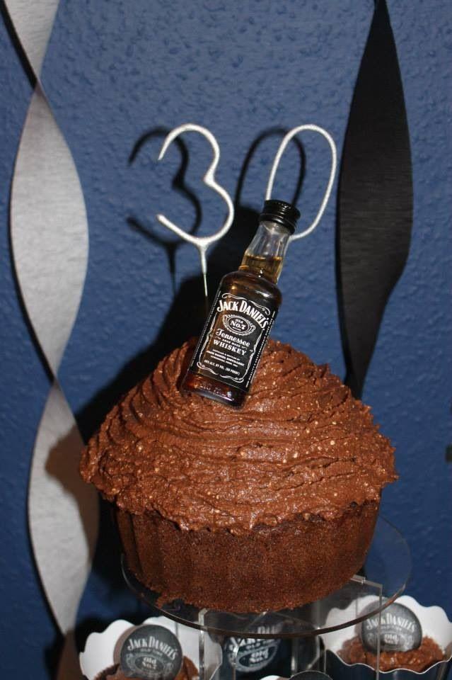 30th Jack Daniels Party, Jack Daniels Cupcake