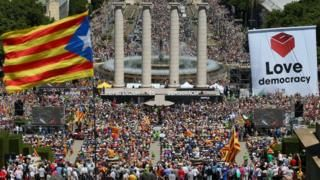Catalan independence: Plan for quick split from Spain after vote