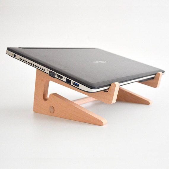 die besten 25 kochbuchhalter ideen auf pinterest laptop st nder bauernhaus wandhaken und. Black Bedroom Furniture Sets. Home Design Ideas