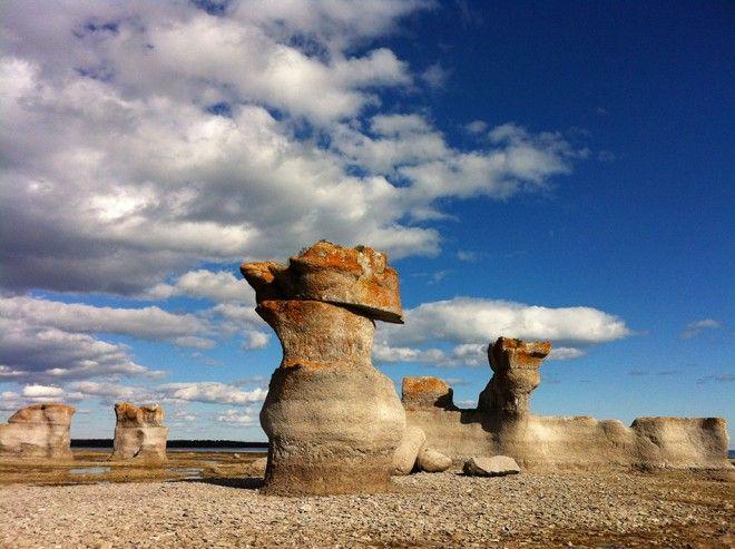 Colosses de l'archipel des îles de Mingan, Qc. Canada