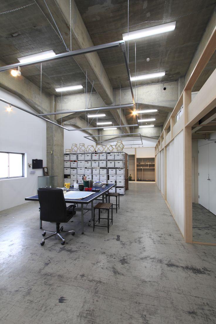 Revisiter la maison de verre lart contemporain et larchitecture moderne