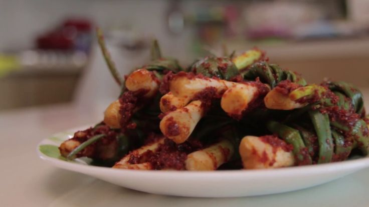 Настоящая корейская кухня: Как приготовить 파 김치 КИМЧИ из зеленого лука