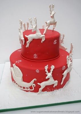 Christmas cake - http://sugarsweetcakesandtreats.blogspot.com/2010/12/christmas-reindeer-cake.html of