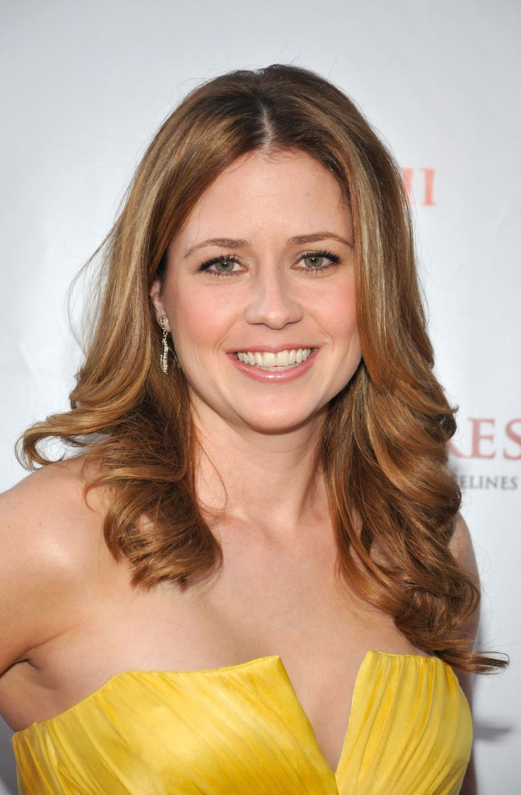 I love Jenna Fischer! With her being a St. Louis girl too, I feel like my dreams of being a professional actress aren't too ludicrous.