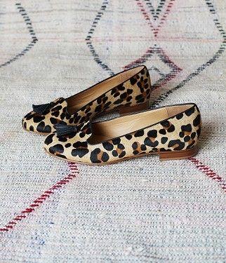 SÉZANE / Morgane Sézalory - Slippers léopard - #sezane www.sezane.com/fr #frenchbrand #slippers #leopardprint