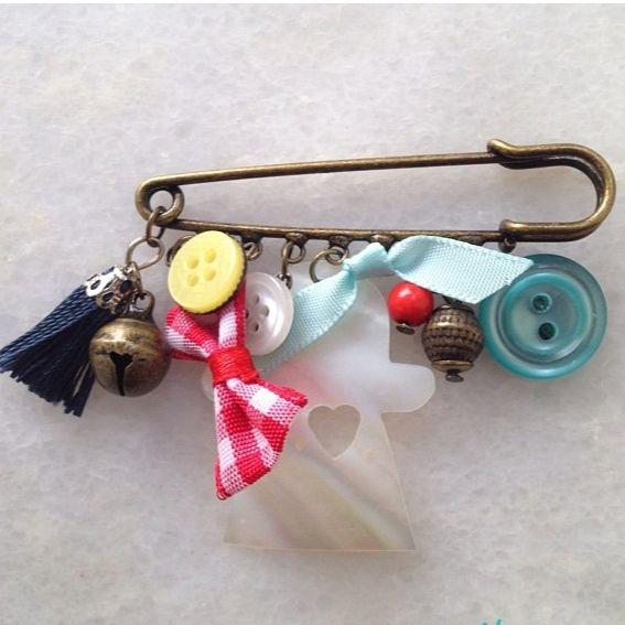 Toy joy brooche
