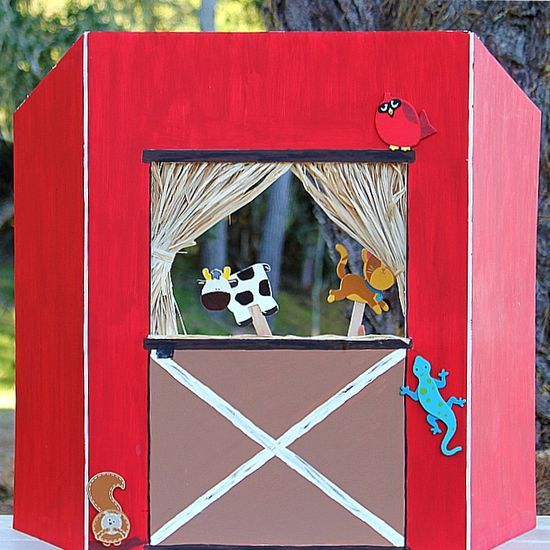Tri Fold Display Board, Cut Hole, Paint, Add Curtians And Let The