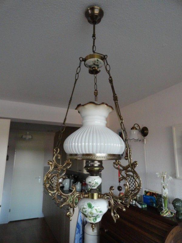 Hanglamp messing,glas,porselein met bloemmotief aangeboden in Lampen/ Verlichting en Huis & Inrichting op Koopplein.nl Heerhugowaard, de gratis marktplaats