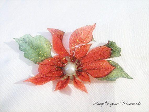 Spilla con fiore rosso fatto in Sospeso di LadyBijouxHandmade