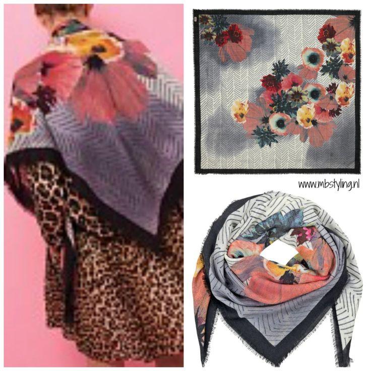 Wollen top shawl van het Deense merk BeckSondergaard. Iets voor jou?? Hier ga je héél veel plezier aan bevelen omdat je deze shawl op zoveel verschillende manieren kunt dragen. Shop at: https://www.mbstylingshawls.nl/shop/shawls/shawl-becksondergaard-wol-olina-multi-col/?utm_content=buffer308bc&utm_medium=social&utm_source=pinterest.com&utm_campaign=buffer Prijs: 85 euro.  #becksondergaardshawl #vierkanteshawl #wollensjaal #sjaal #shawls #mbstyling #cosyshawls