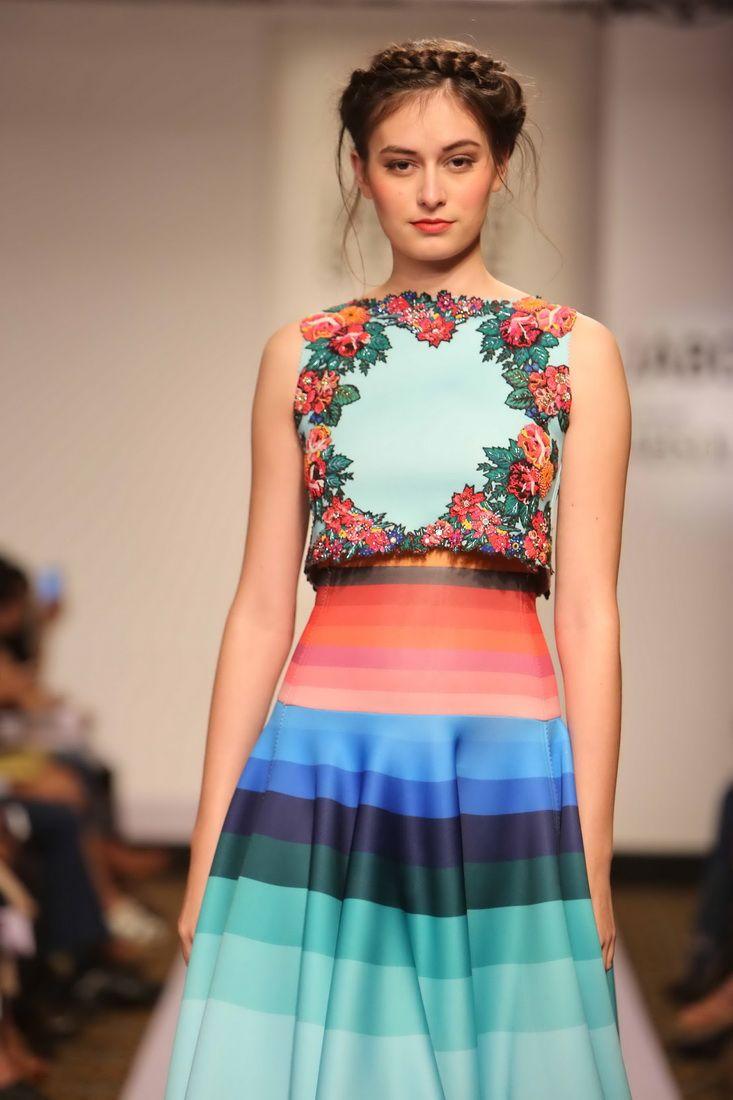 Lakmé Fashion Week – NEHA AGARWAL AT LFW SR 2015