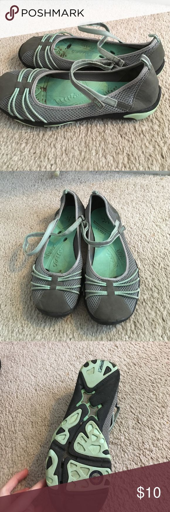 Great J-41 shoes! J-41 Mary Jane slip on shoes.  Very comfortable.  Great for summer, water, and more.  In good condition.  Some wear on the soles but other wise great! J-41 Shoes Flats & Loafers