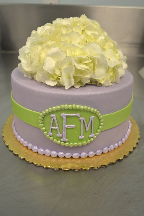 What a sweet little purple and green monogrammed cake!  I just love the hydrangeas on top!