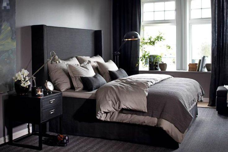 Bekijk de foto van alleswit met als titel Slaapkamer klassiek - modern. Chique slaapkamer krijg je door de juiste kleurencombinatie. en andere inspirerende plaatjes op Welke.nl.