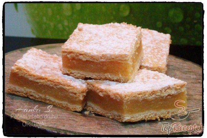 Kedvenc almás pitém | TopReceptek.hu