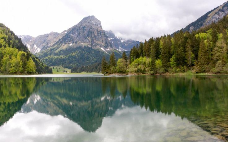 Näfels Obersee Lake Hike » Moms:Tots:Zurich