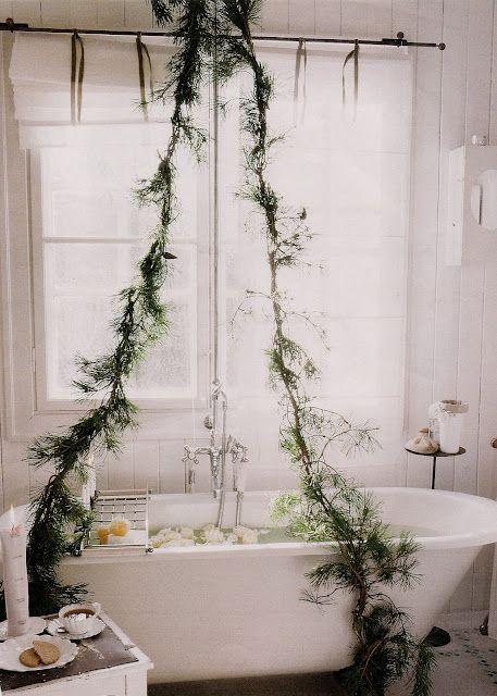 Ciekawy pomysł na rośliny w łazience ;)  https://www.facebook.com/lazienkaplus/