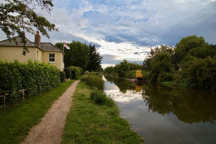 Chichester Canal Tow Path