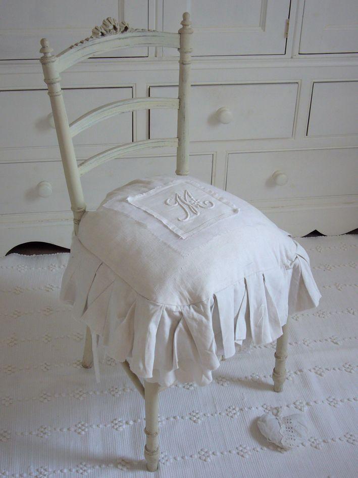 1000 ideias sobre fauteuil pas cher no pinterest pouf. Black Bedroom Furniture Sets. Home Design Ideas