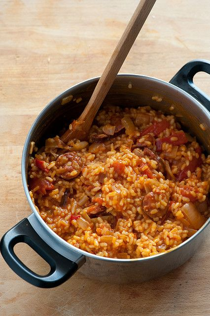 Vegan spanish rice-olive oil, onion, garlic,   vegan sausages, veggie stock, chickpeas,Calasparra rice (or Arborio),can tomatoes, Spanish paprika,pimentos