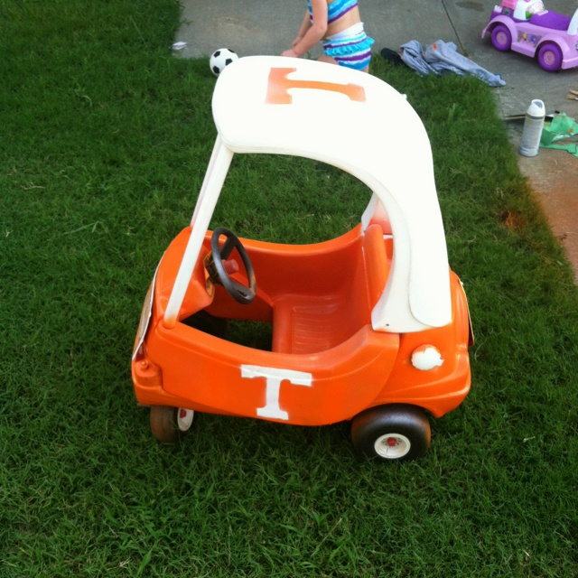 Toy university of Tennessee car!! Go vols. made using spray paint!