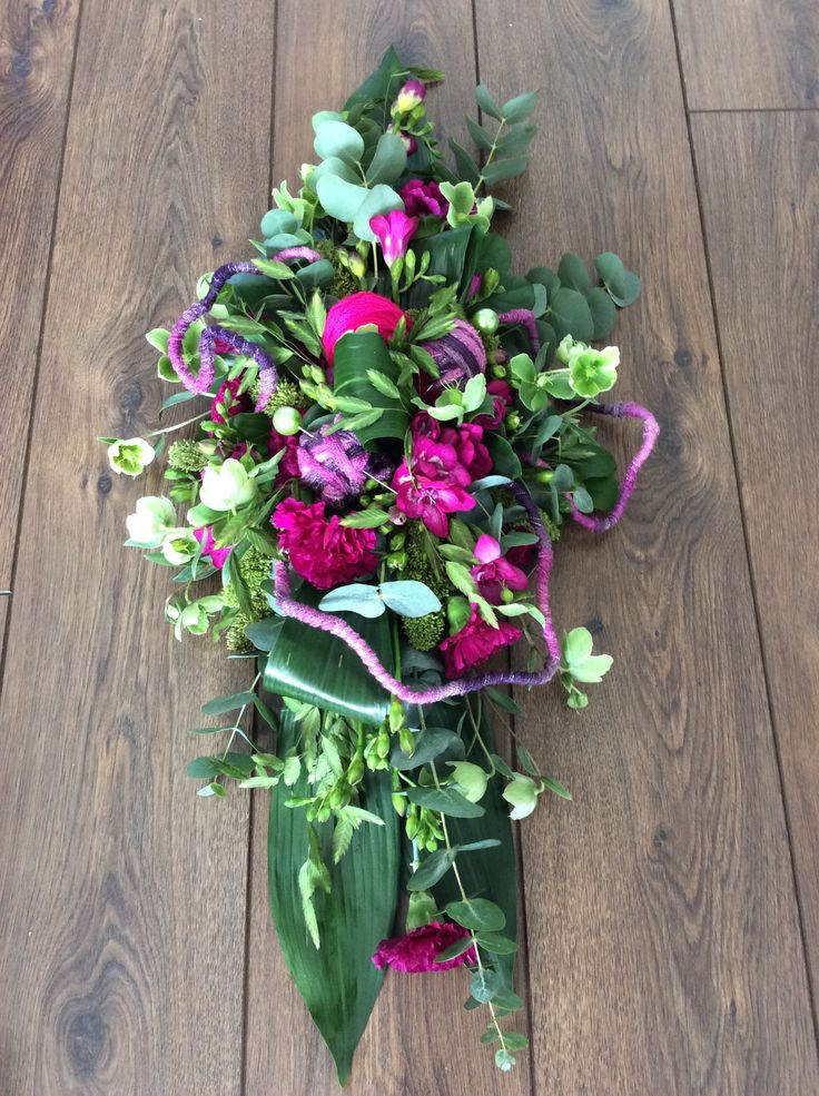 Designed by Siska Lubach Funeral arrangement