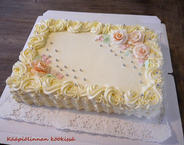 Kuchen und Neuigkeiten aus der Miniaturstadt   – Runder Geburtstag
