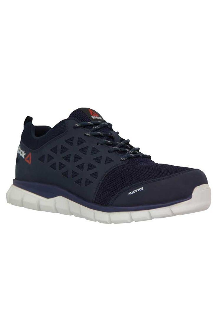 Calzado deportivo de seguridad azul de la marca Reebok. El modelo Excel Light es líder en el mercado en cuanto a peso, ultraligero con solo 400 gr.  #reebok #calzado #seguridad #protección #azul