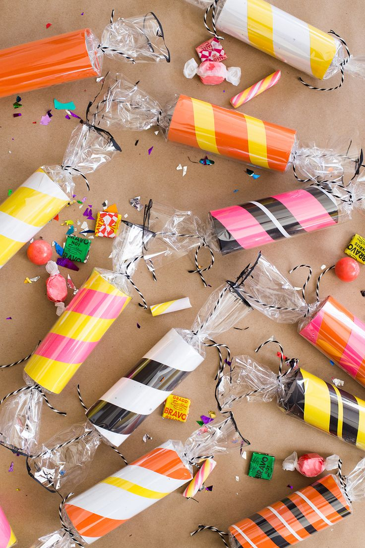 Diy christmas party decorations - Diy Toilet Paper Roll Candy Garland Candy Partycandy Decorations