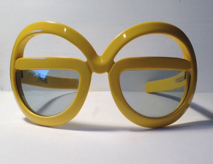 Vintage eyewear. Silhouette Sunglasses. Futura 562. Mod. Boho. Disco. Fashionista. Collectors. by EyerayVintageSpecs on Etsy https://www.etsy.com/listing/185522534/vintage-eyewear-silhouette-sunglasses