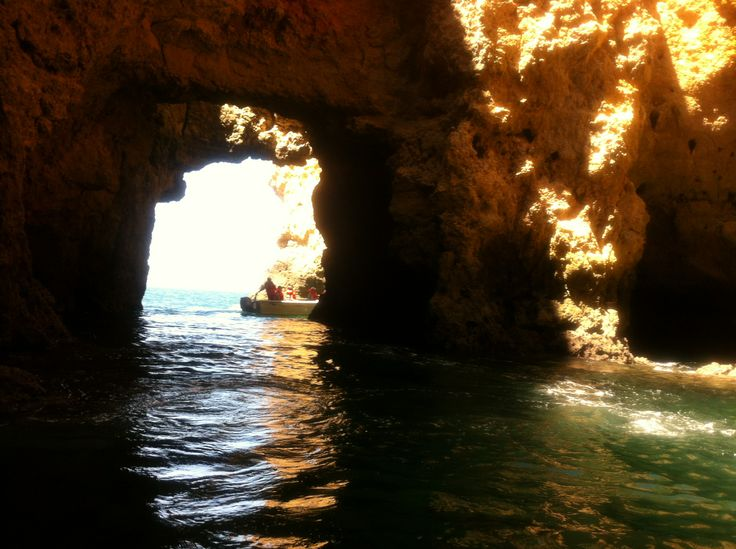 the grottoes of the Ponte de piedade - beautiful seastacks and galleries - magical